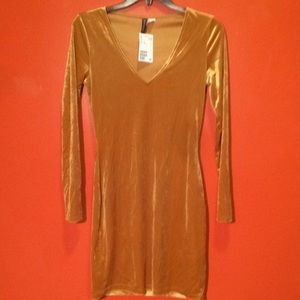 NWT Stay Golden Dress